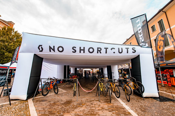 Foto News - Stand SCOTT NO SHORTCUTS BIKE TEST TOUR, 5 tappe italiane
